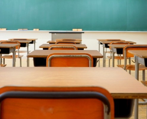 School shutdowns may demonstrate to parents the low quality of public school learning